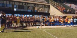 Homenaje a Maradona San Lorenzo y Estudiantes